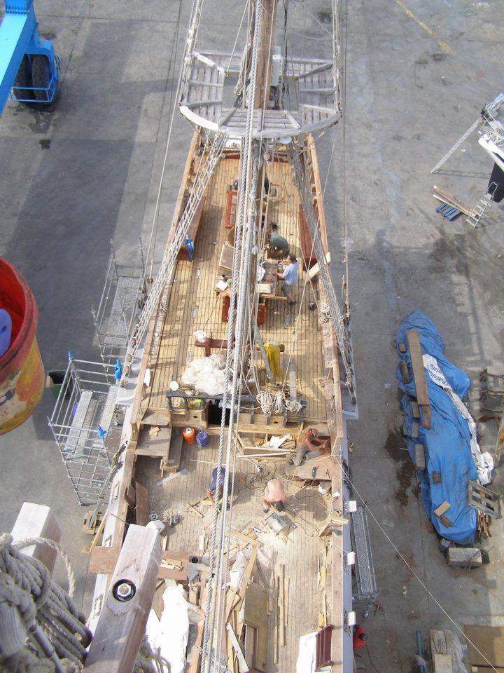 Oprava takeláže v květnu 2013.