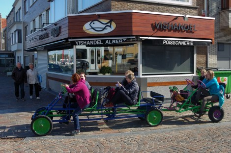 V Nieuwpoortu se dají potkat různé podivné dopravní prostředky.